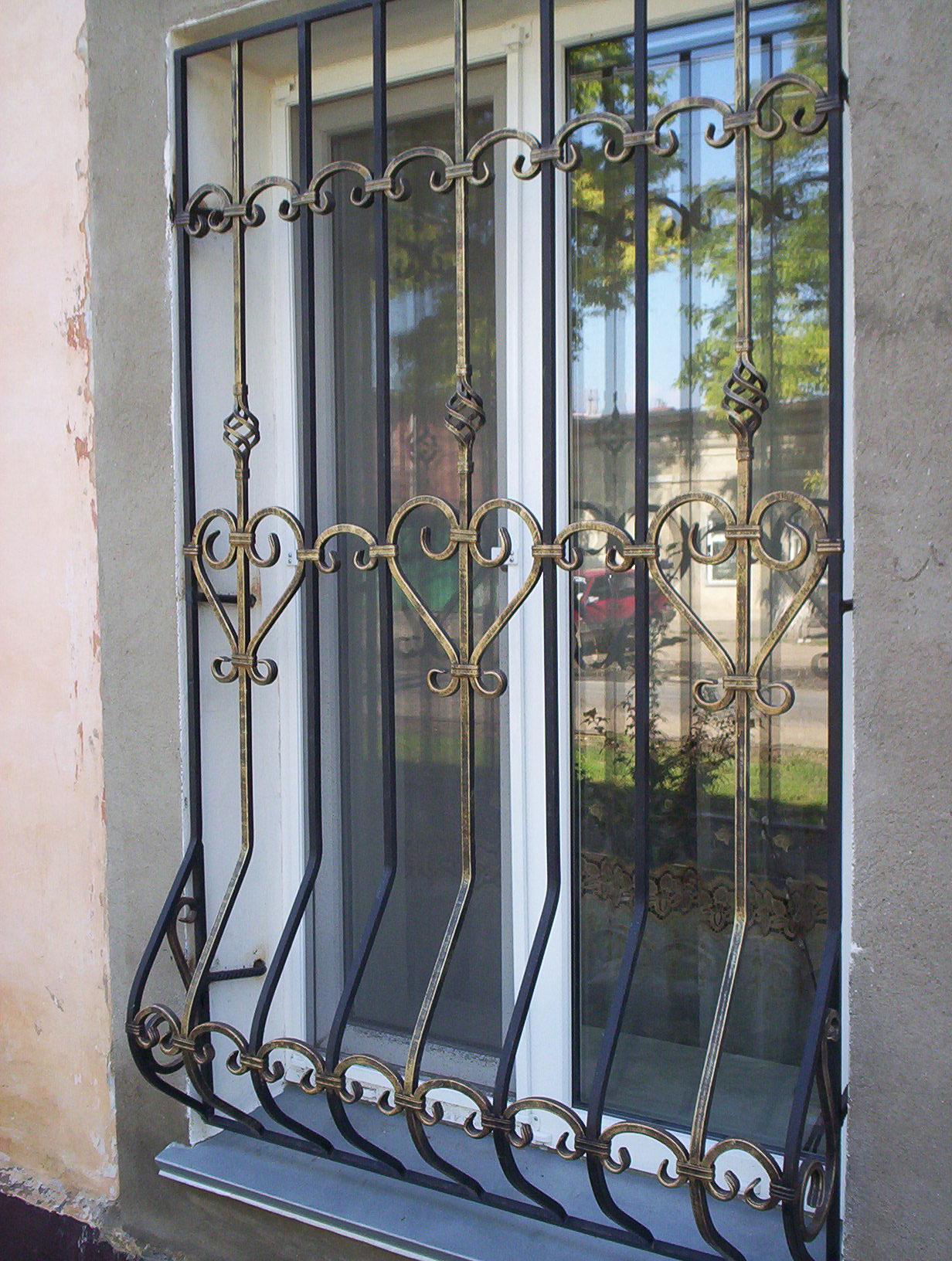 металлические решётки на окна и двери кованные изготовление образцы
